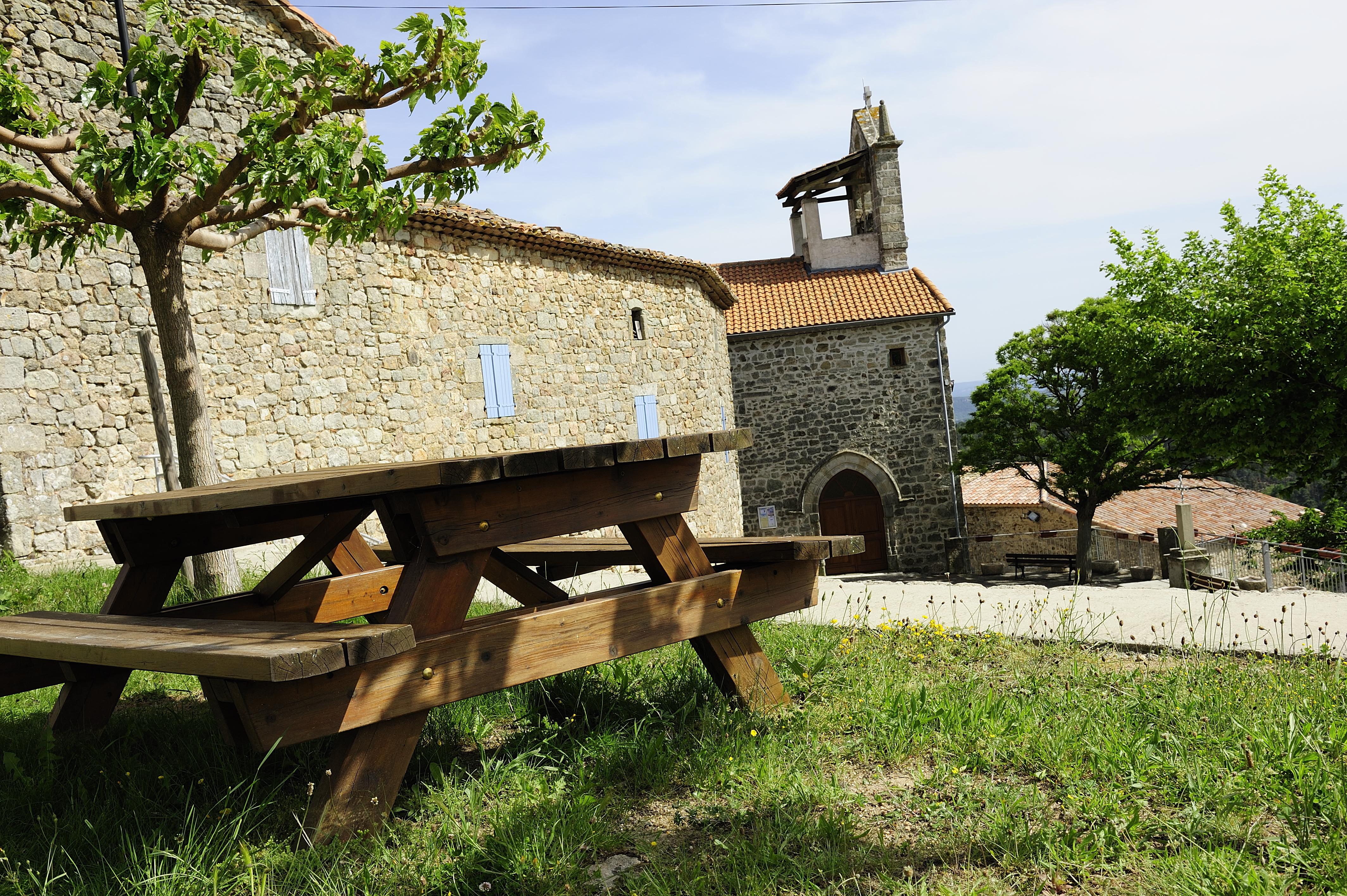 Chazeaux église